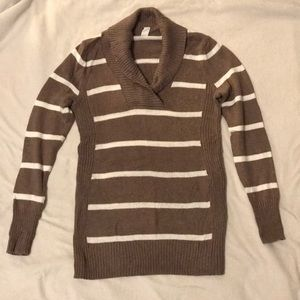 Old Navy Maternity Sweater